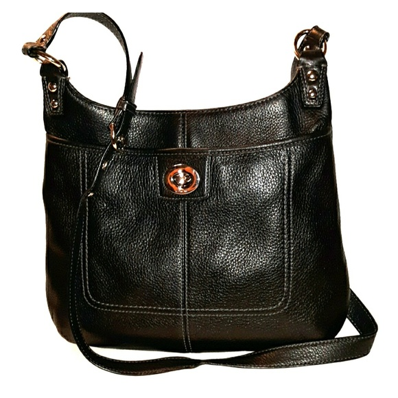 Coach Handbags - LOWEST*COACH Penelope Pebbled Leather Hippie Bag